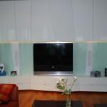 Skleněný obklad obývákové stěny